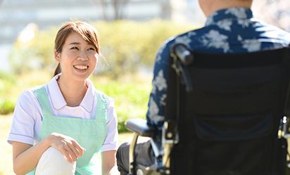 実務者研修とは?介護職員初任者研修との違いや取得のメリットを紹介